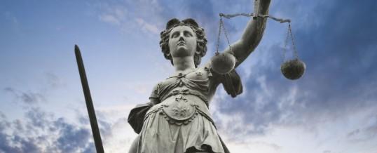 Adaletin Sembolü Kadının Gözleri Neden Bağlıdır?